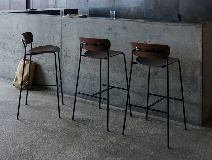 And Tradition Pavilion Stools Walnut Anderssen Voll