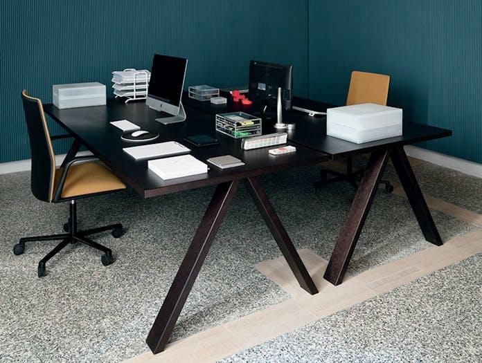 Arper Cross Table Standard Top L21 240X100Cm The Box 5005 1