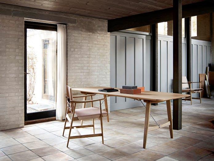 Carl Hansen Huntsman Chair Oak Oiled Natural Leather 2 Borge Mogensen