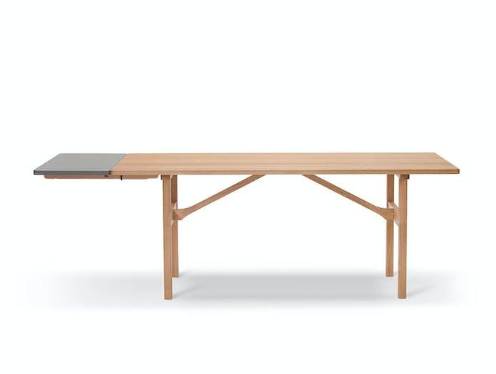 Fredericia Mogensen 6284 Dining Table Oak Extended Side Borge Mogensen