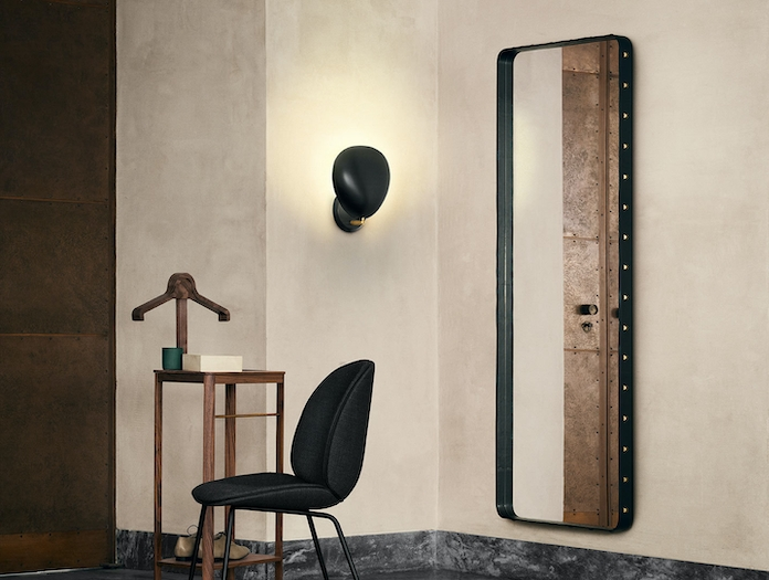 Gubi Cobra Wall Lamp Black Hall Greta Grossman