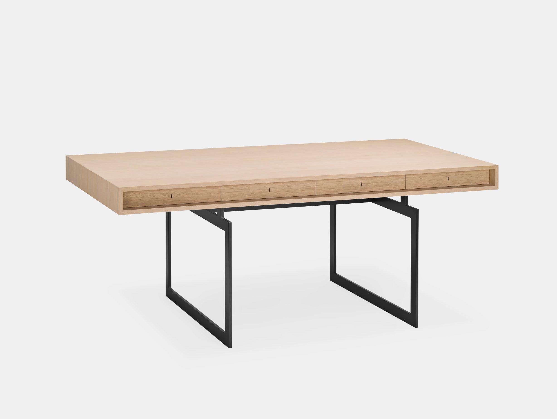 Karakter Office Desk Grey Frame Bodil Kjaer