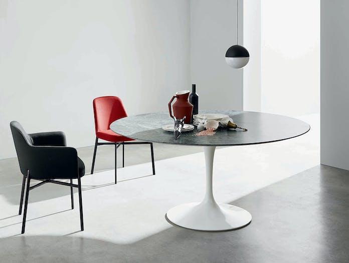 Knoll Saarinen Round Dining Table Eero Saarinen