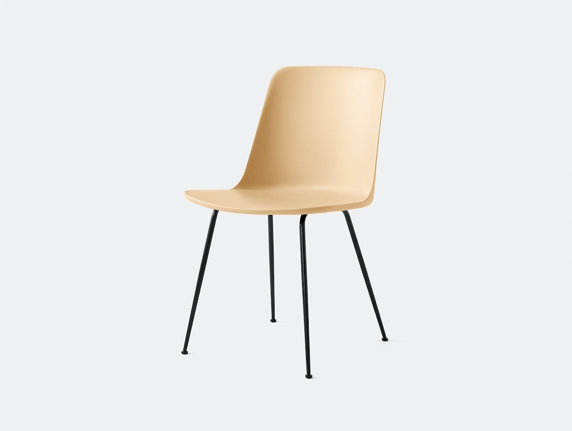 Andtradition rely chair four leg blk sandbeige