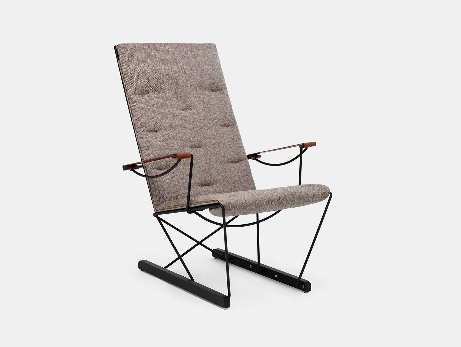 Massproductions Spark Lounge Chair Black Frame Chris Martin