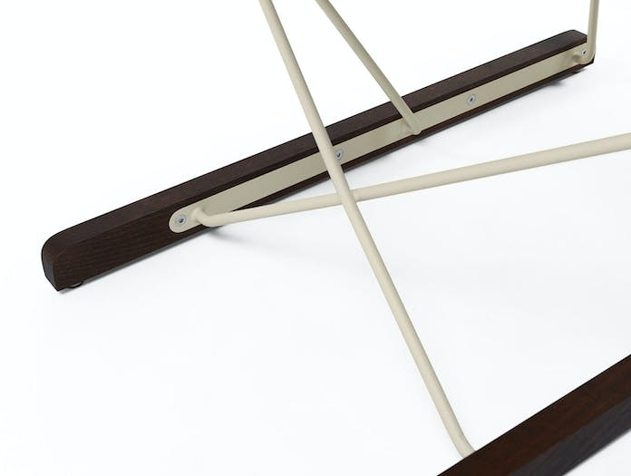 Massproductions Spark Lounge Chair Ivory Frame Detail 2