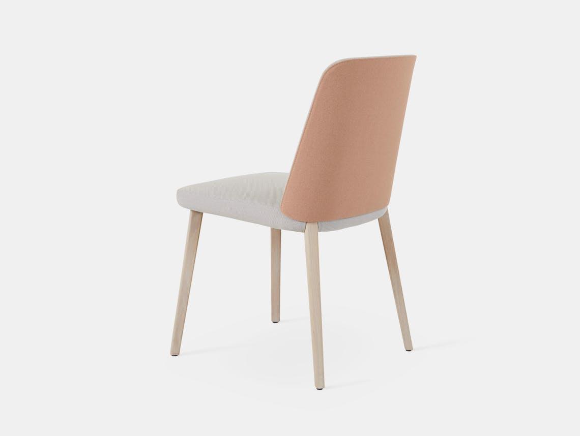 Montis Back Me Up Chair 4 Arian Brekveld