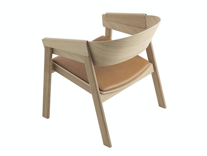 Muuto Cover Lounge Chair Upholstered Seat Oak Leather Back Thomas Bentzen