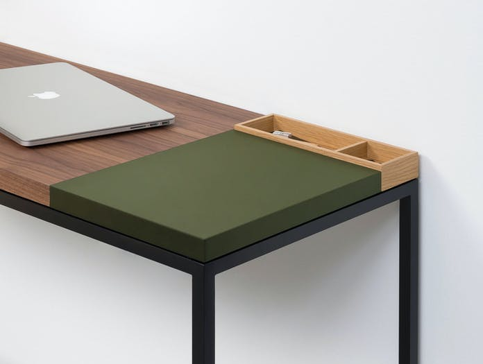 Pastoe Plato Walnut Desk With Olive Section X02