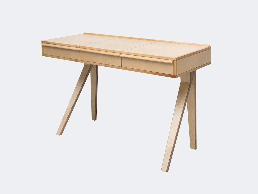 EB01 Desk image
