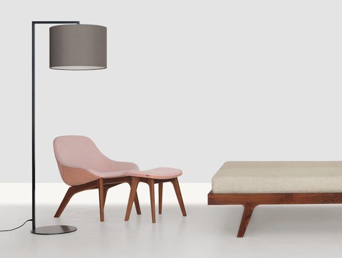Zeitraum Morph Lounge Chair Footstool Formstelle