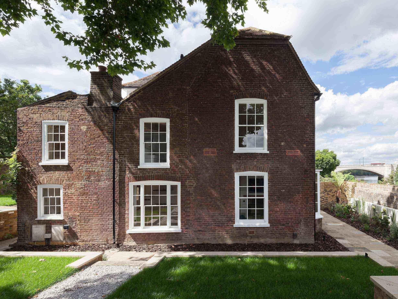 Thames Lodge James Gorst Architects 4 image
