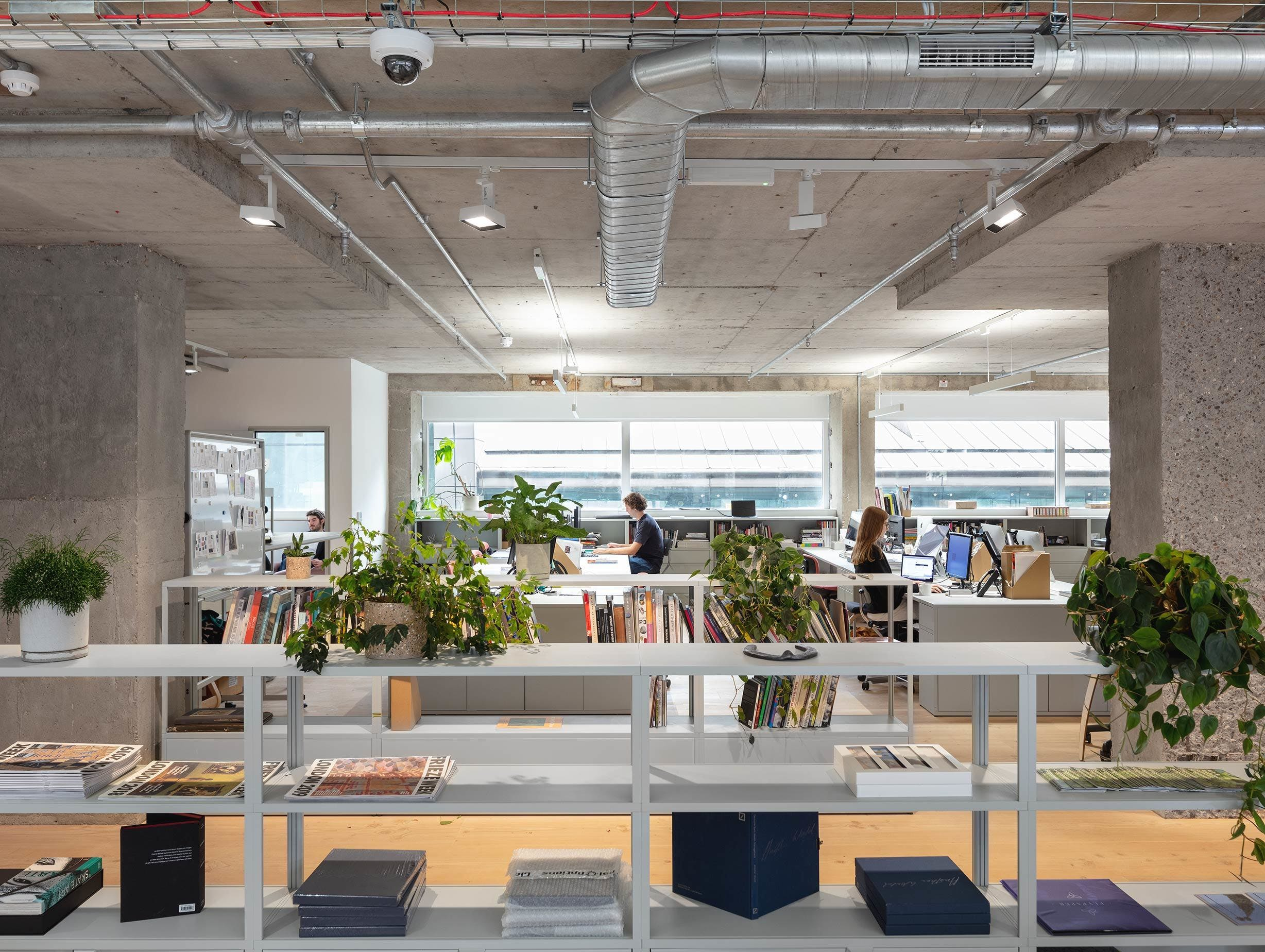 Frieze offices by fleet architects 2 image