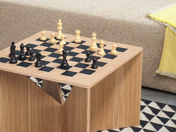 E15 Calvert Chess Coffee Table Oak Detail Philipp Mainzer