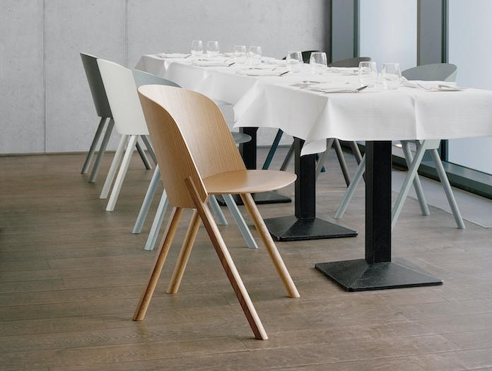E15 This Chair Oak Traffic Grey