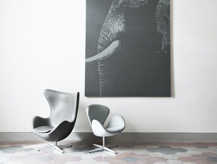 Fritz Hansen Swan Egg Chairs In Situ