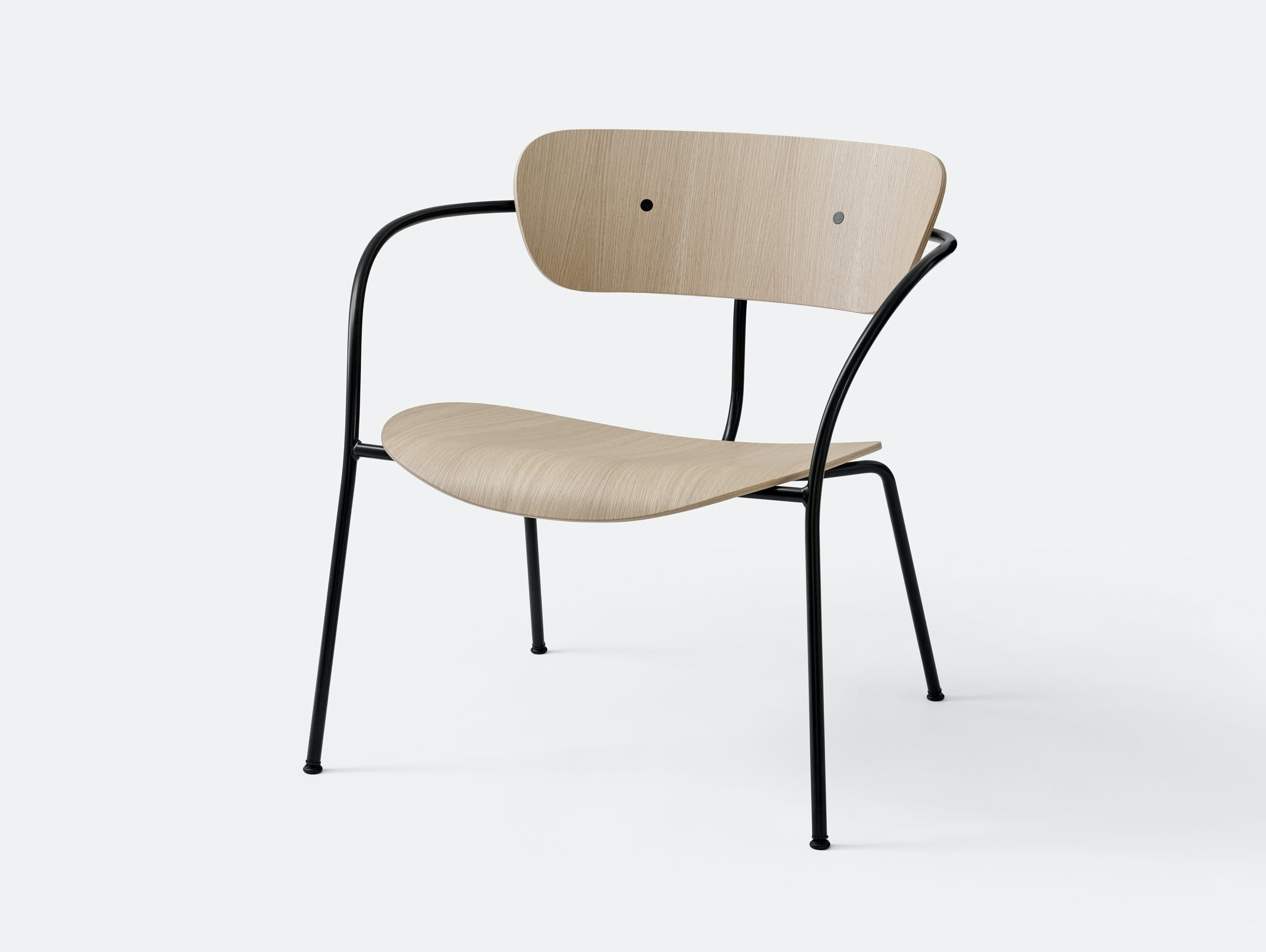 And Tradition Pavilion AV5 Lounge Chair oak Anderssen Voll