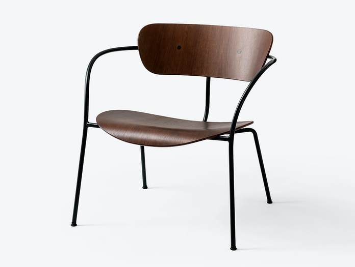 And Tradition Pavilion AV5 Lounge Chair walnut w Anderssen Voll