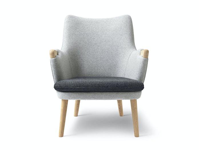 Carl Hansen Ch71 Lounge Chair Oak Divina Front Fabric Hans Wegner