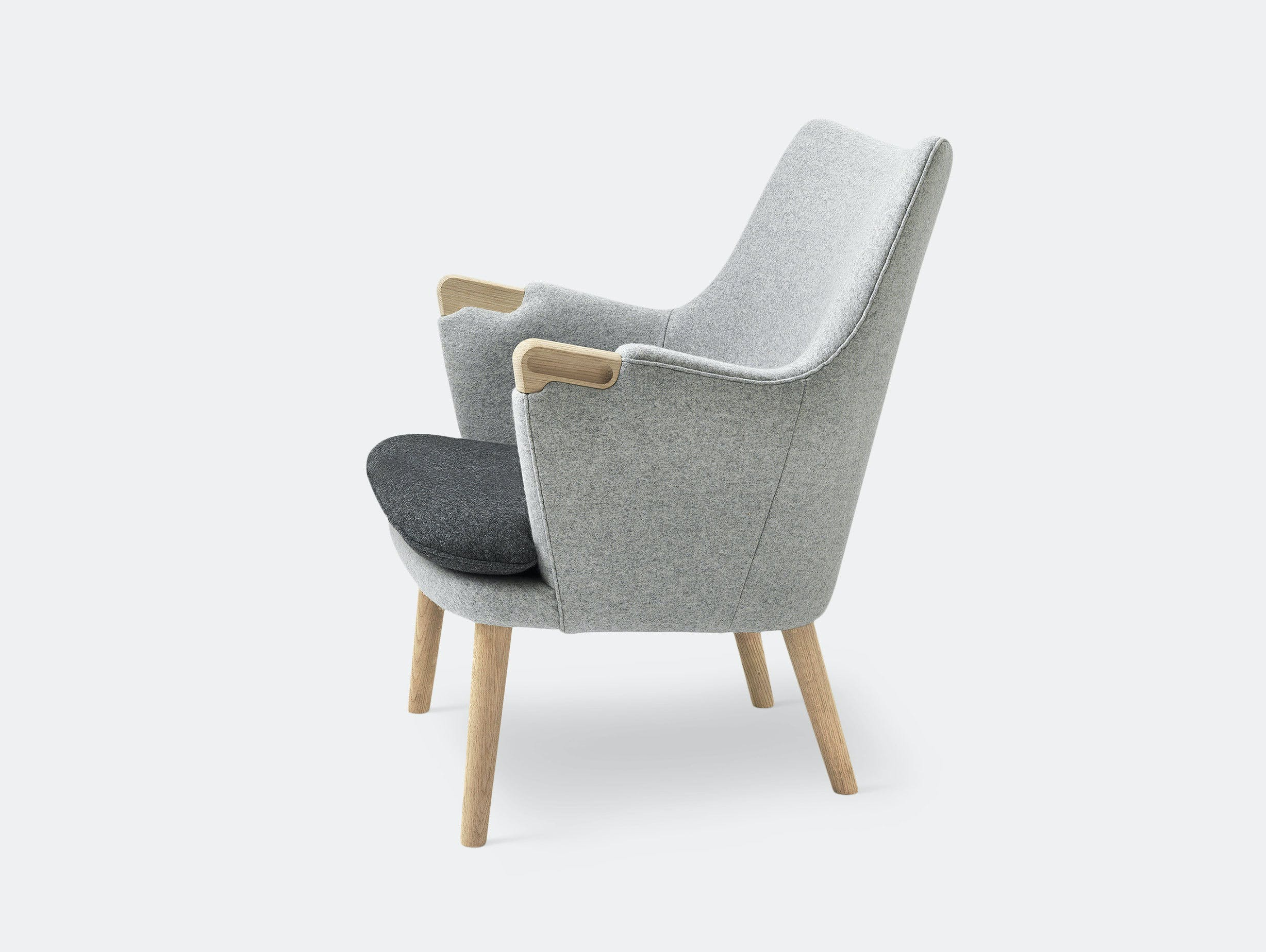 Carl Hansen Ch71 Lounge Chair Oak Grey Wool Fabric Hans Wegner