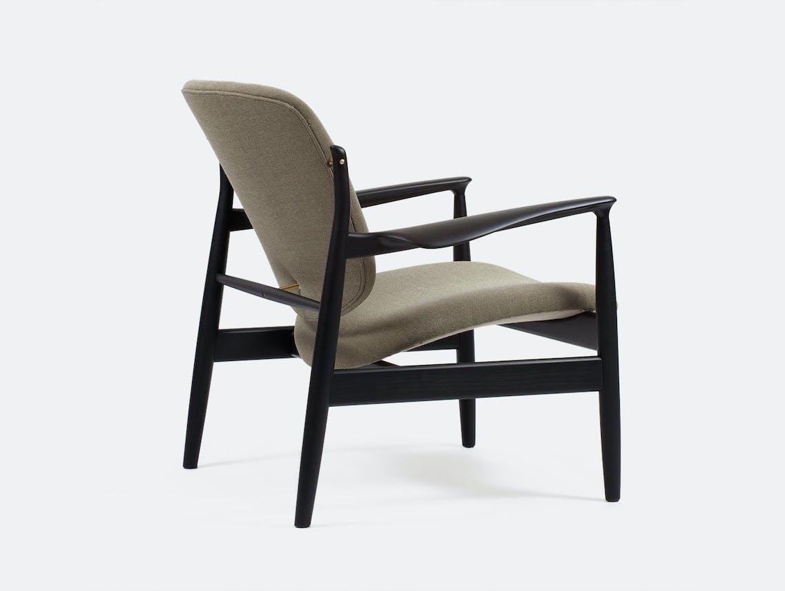 Finn juhl france chair grey fabric