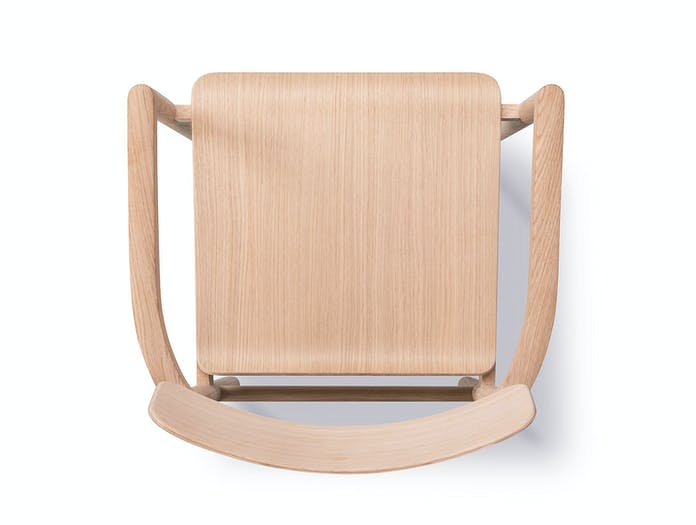 Fredericia Post Chair oak top detail Cecilie Manz