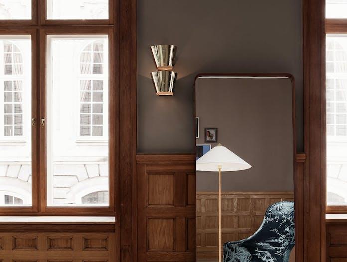 Gubi 9464 Wall Lamp brass 2 Paavo Tynell