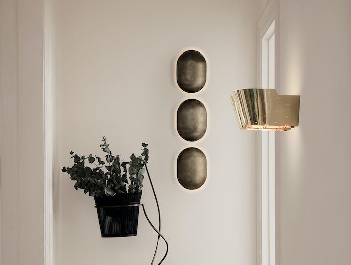 Gubi 9464 Wall Lamp brass 3 Paavo Tynell