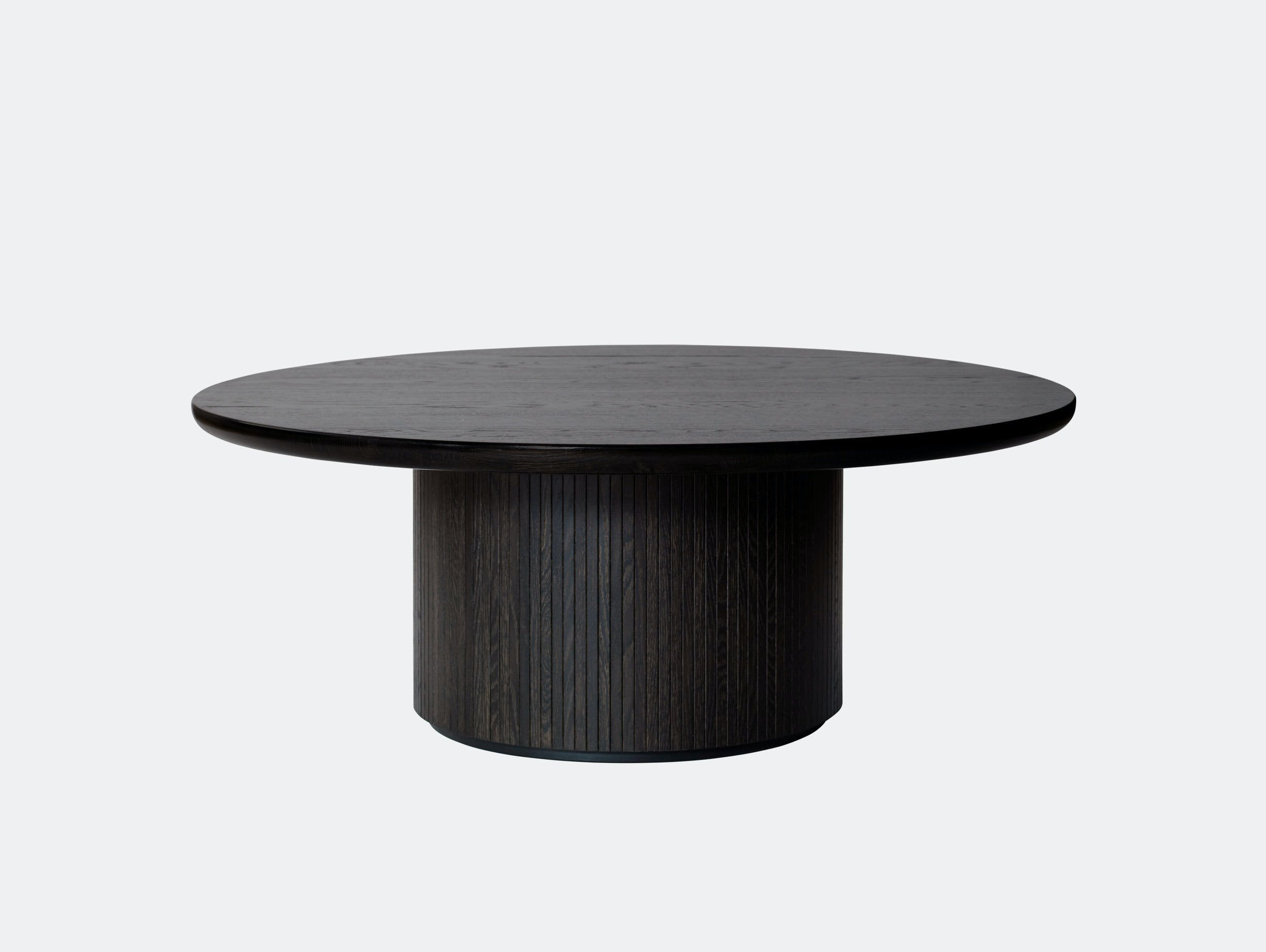 Gubi Moon Coffee Table dia 120cm black st oak Space Copenhagen