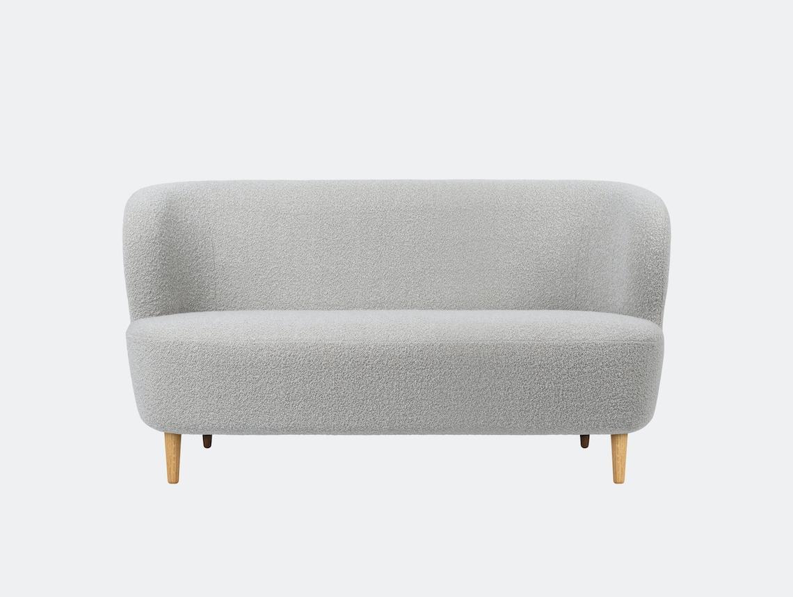 Gubi Stay Sofa 150x70 Oak Dedar Karakorum 004