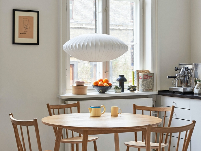 Hay Bubble Lamp Saucer M J41 chairs Triangle Leg Table