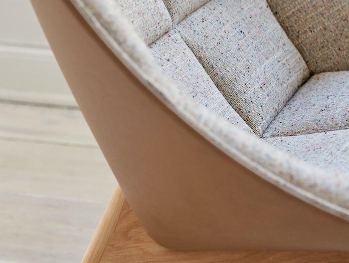 Hay Uchiwa front Bolgheri LGG60 back Silk SIL0258 matt lacquer oak base 2