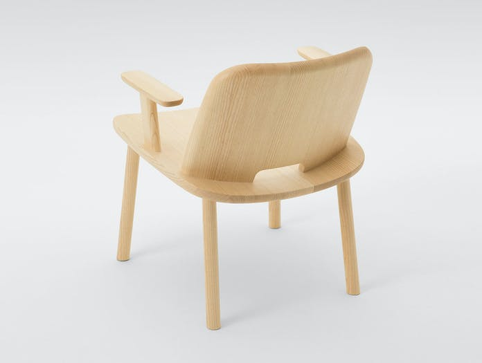 Maruni Fugu Chair Ash With Arms Back Jasper Morrison
