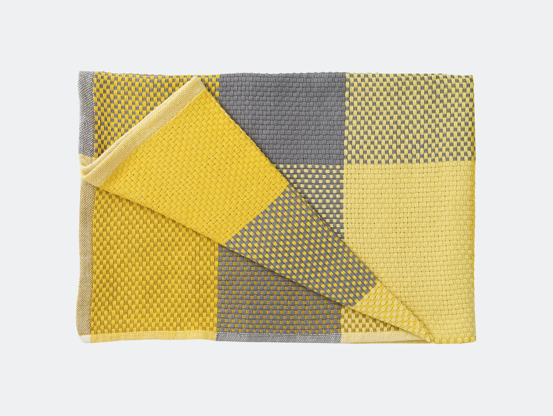 Muuto Loom Throw yellow g