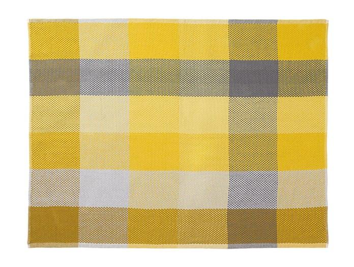 Muuto Loom Throw yellow