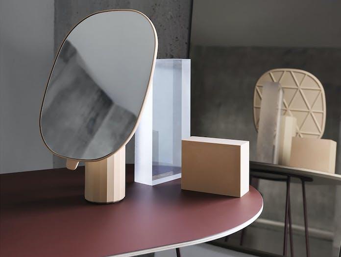 Muuto Mimic mirror pr Airy medium plum