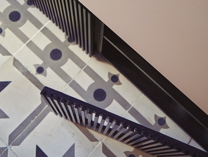 Punt Stockholm Sideboard STH403 detail 3 Dark Grey Oak Rose Top Mario Ruiz