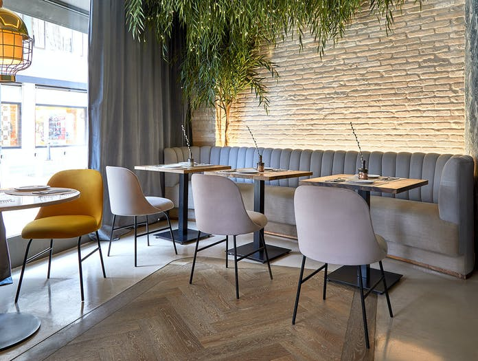 Viccarbe Aleta chairs by Jaime Hayon 1