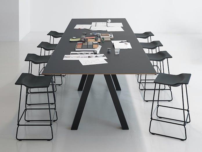 Viccarbe Trestle table John Pawson 4