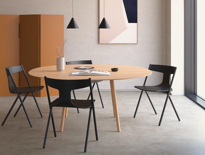 Viccarbe Quadra Chair Lifestyle 3