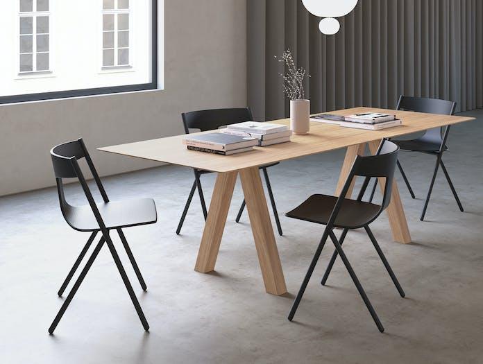 Viccarbe Quadra Chair Lifestyle 4