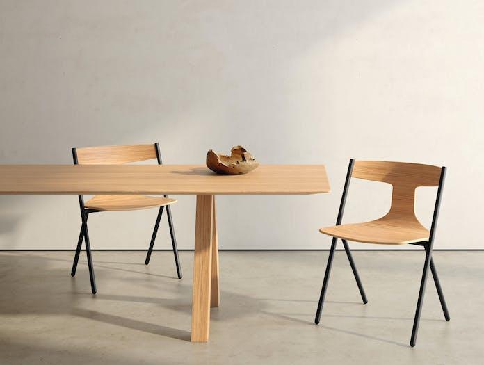 Viccarbe Quadra Chair Lifestyle 6