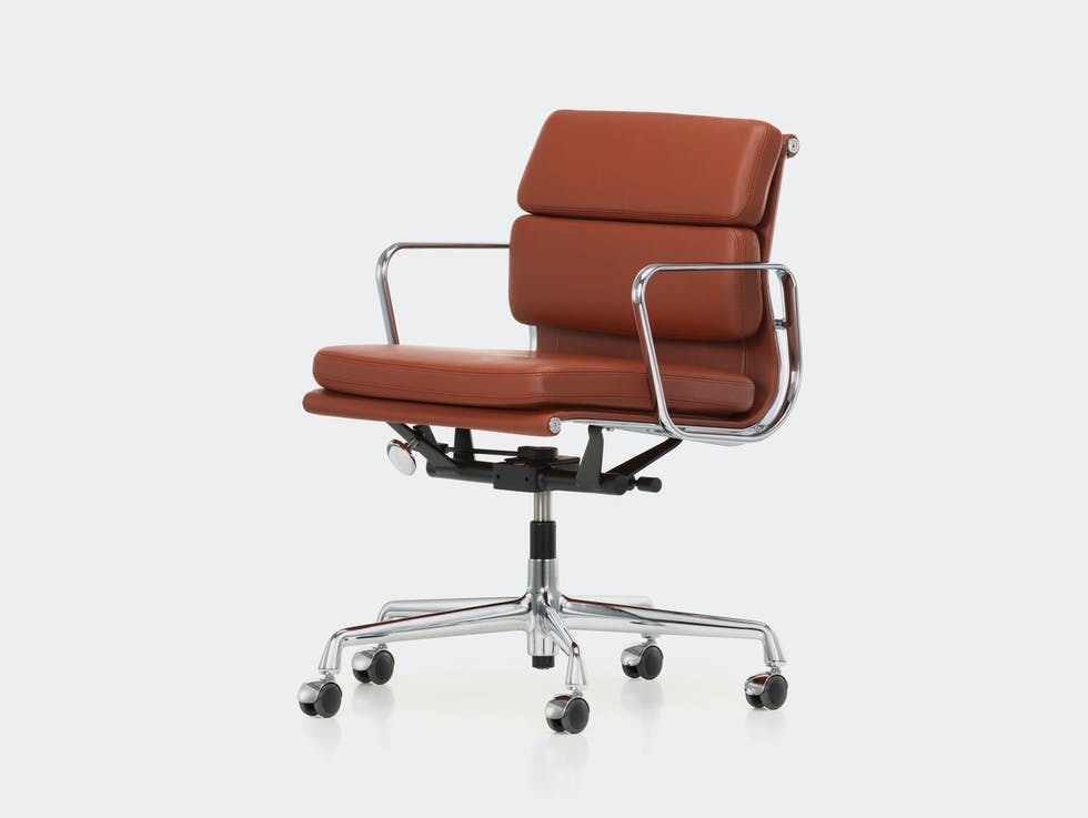 EA217 Soft Pad Group Chair image