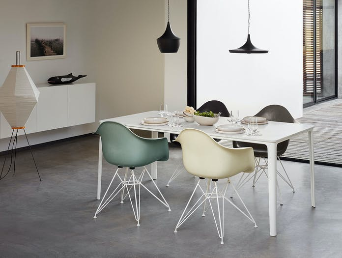 Vitra Eames Fiberglass Armchair DAR Eames House Whale Plate Dining Table Akari 13 A Wire Chair