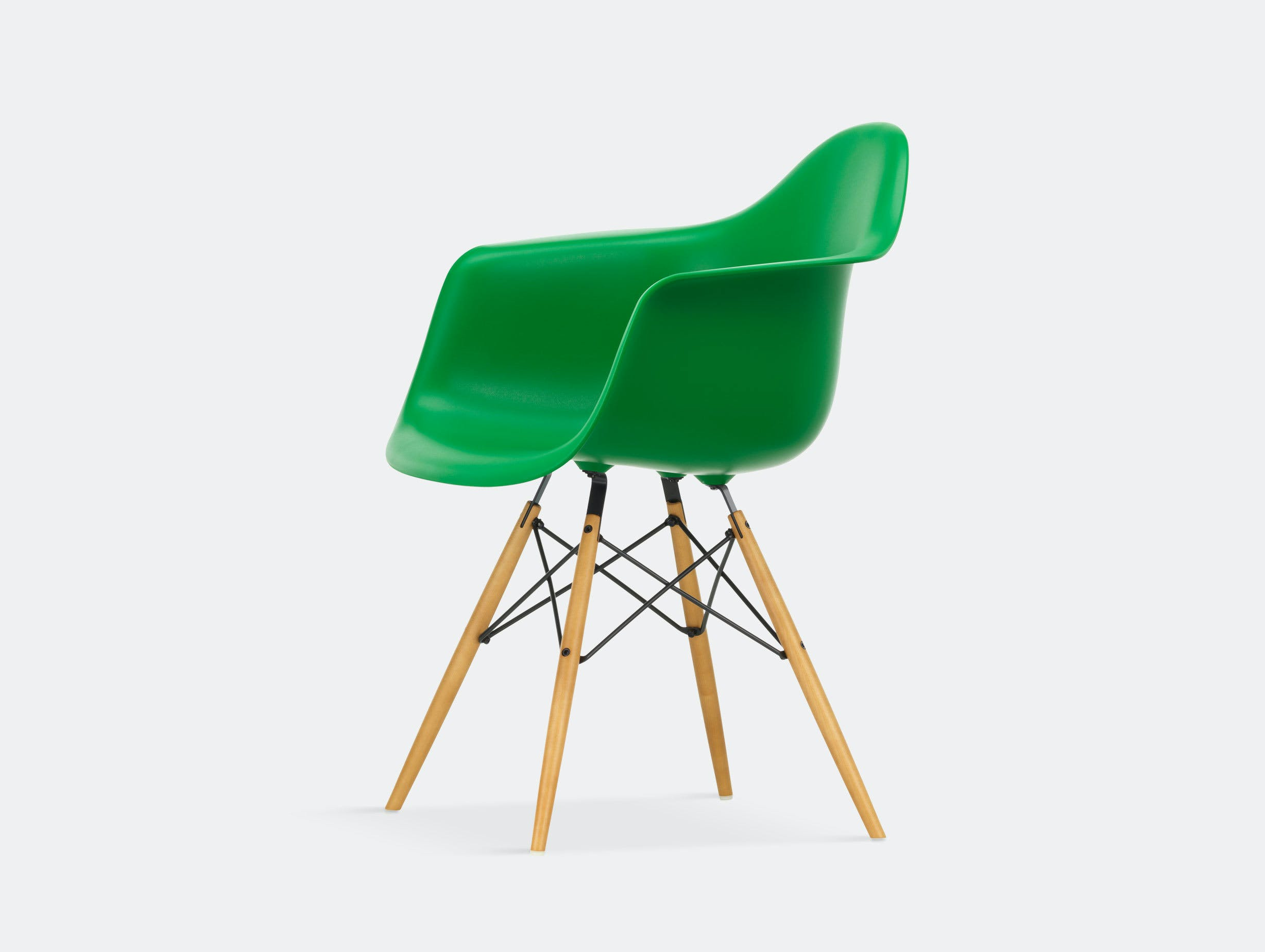 Vitra Eames Plastic Armchair DAW green golden maple legs
