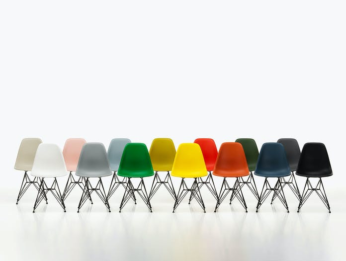 Vitra Eames Plastic Side Chair DSR Group 1