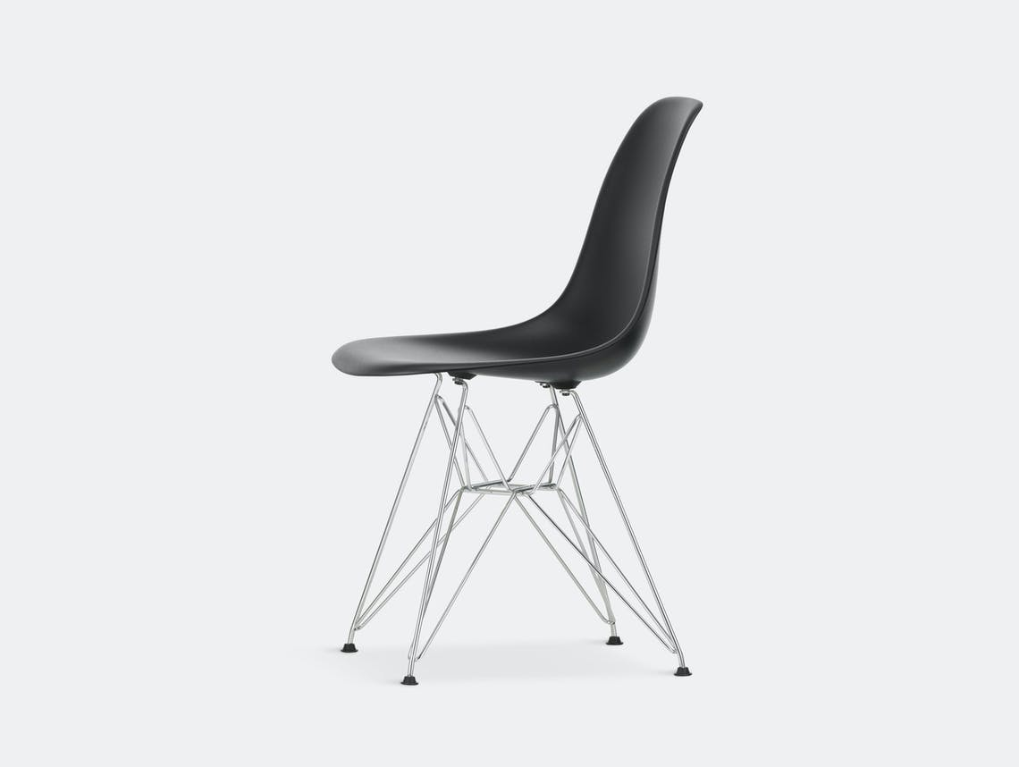 Vitra Eames Plastic Side Chair DSR deep black chrome legs