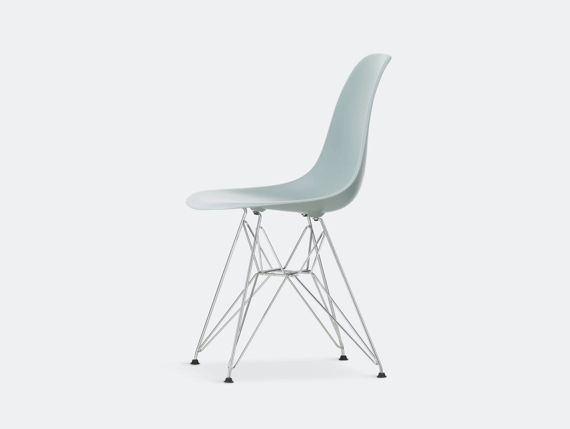 Vitra Eames Plastic Side Chair DSR light grey chrome legs