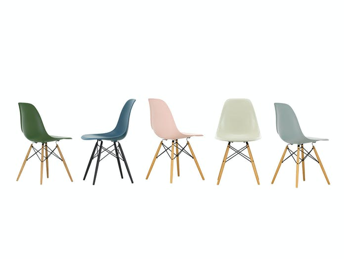 Vitra Eames Plastic Side Chair DSW 5