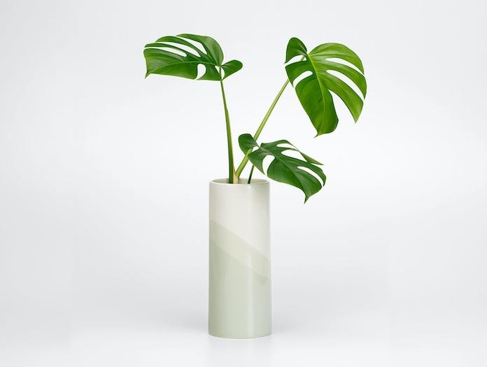 Vitra Herringbone Plain Vase Sand 2 Raw Edges